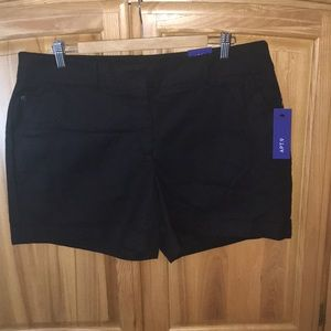 NWT Apt 9 Black Shorts 16